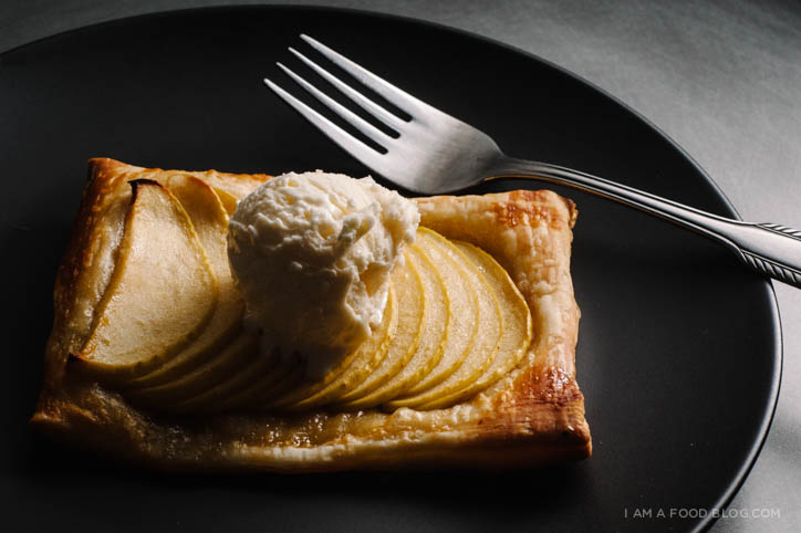 easy apple tart recipe - www.iamafoodblog.com