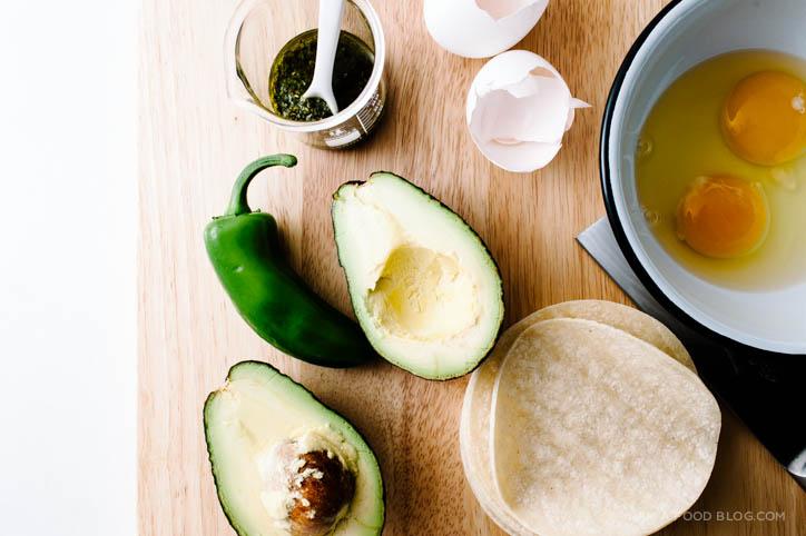 easy egg breakfast tacos - www.iamafoodblog.com