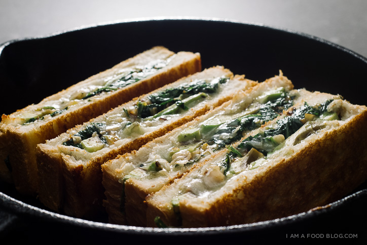 green grilled cheese recipe - www.iamafoodblog.com