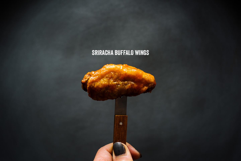 sriracha buffalo wing recipe - www.iamafoodblog.com