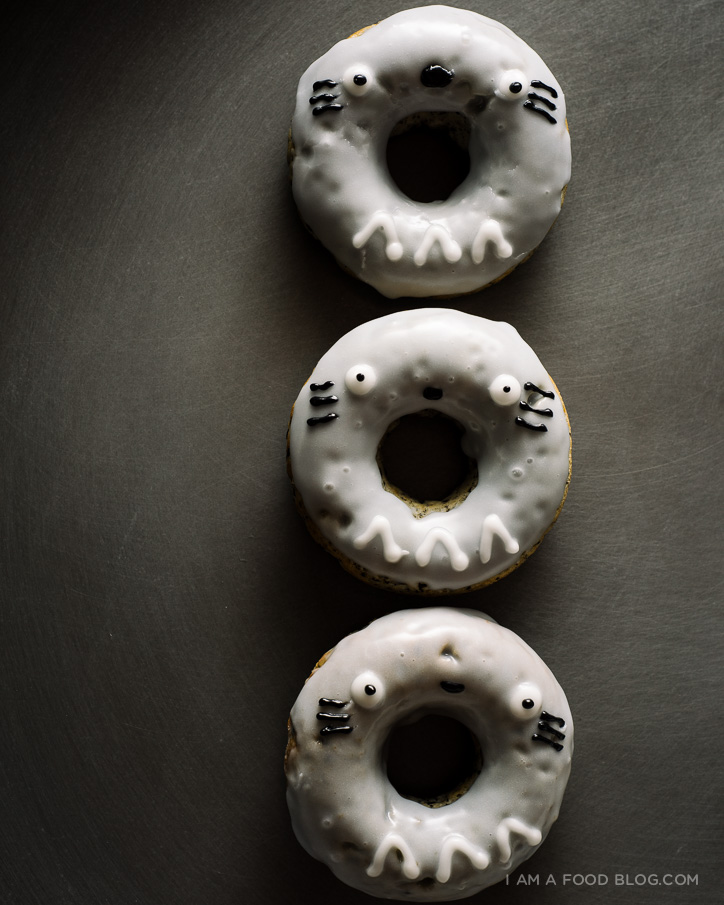 totoro black sesame baked donuts recipe - www.iamafoodblog.com