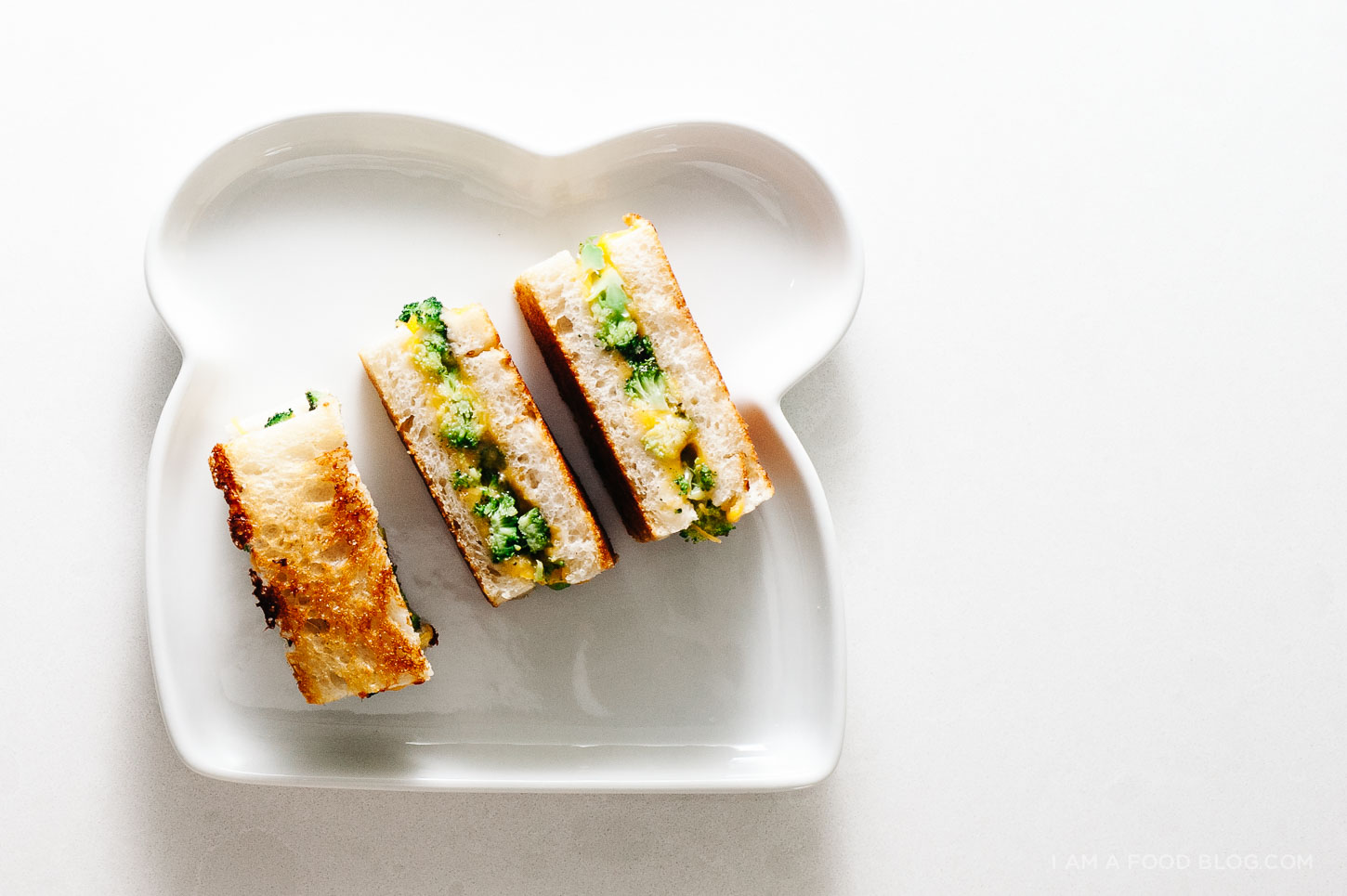 broccoli and cheddar grilled cheese recipe - www.iamafoodblog.com
