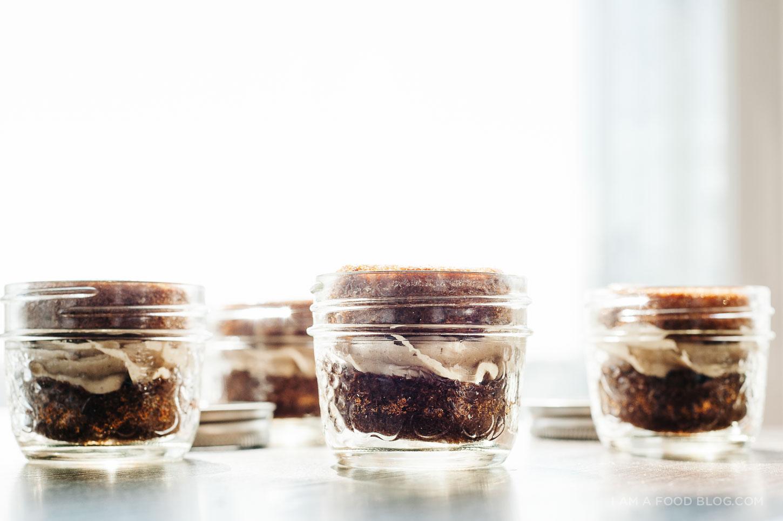 chai tea cupcake recipe - www.iamafoodblog.com