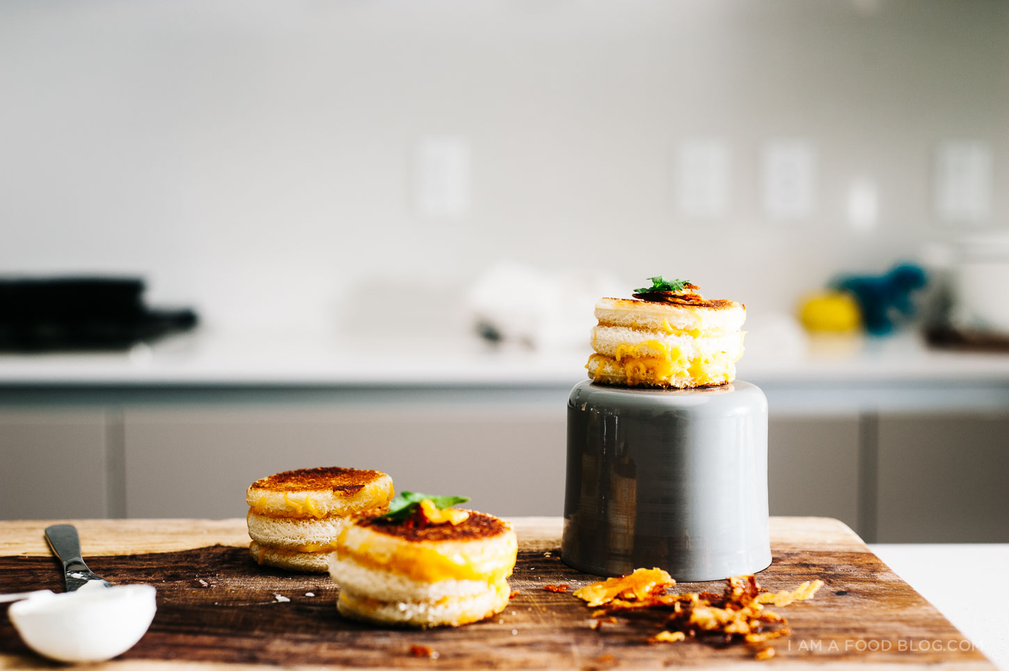 mini grilled cheese cakes recipe - www.iamafoodblog.com