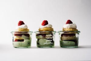 mini pistachio matcha raspberry puff pastry mille feuille jars - www.iamafoodblog.com
