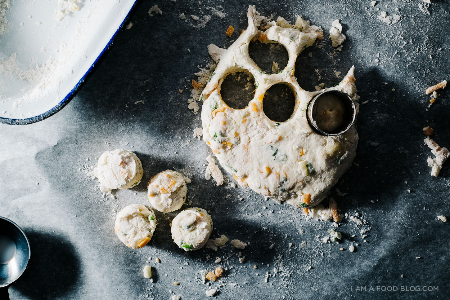 mini biscuits and gravy-1