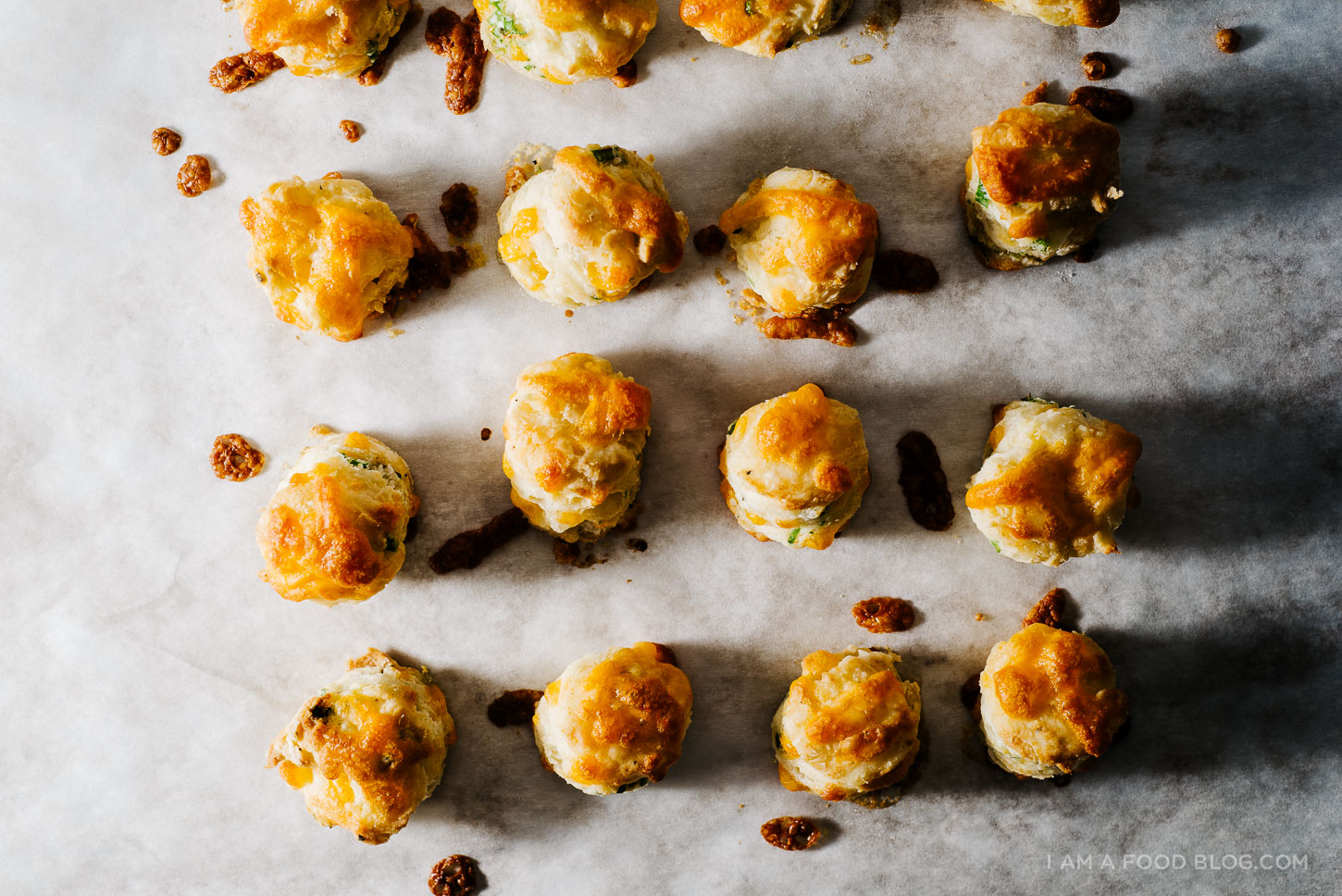 mini biscuits and gravy-5
