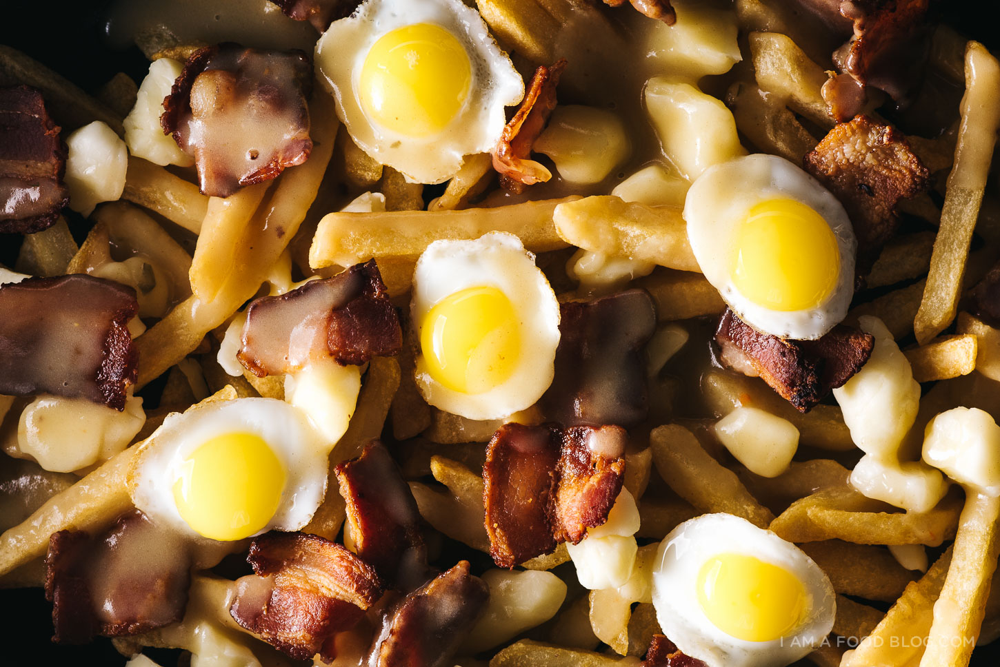 bacon and egg breakfast poutine - www.iamafoodblog.com