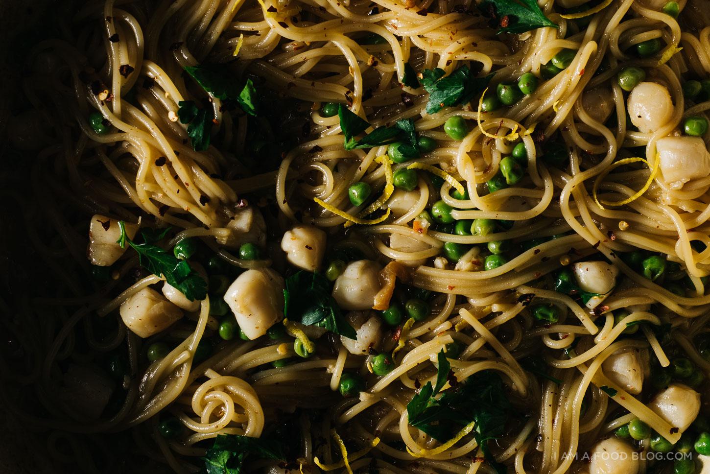 One-Pot Lemon Scallop Pea Spaghetti and a Le Creuset