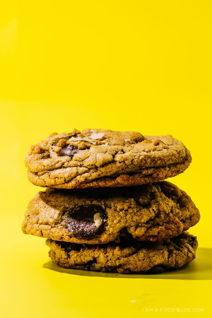 chocolate chip cookies - www.iamafoodblog.com