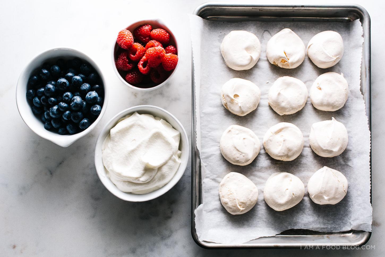 raspberry blueberry pavlova recipe - www.iamafoodblog.com