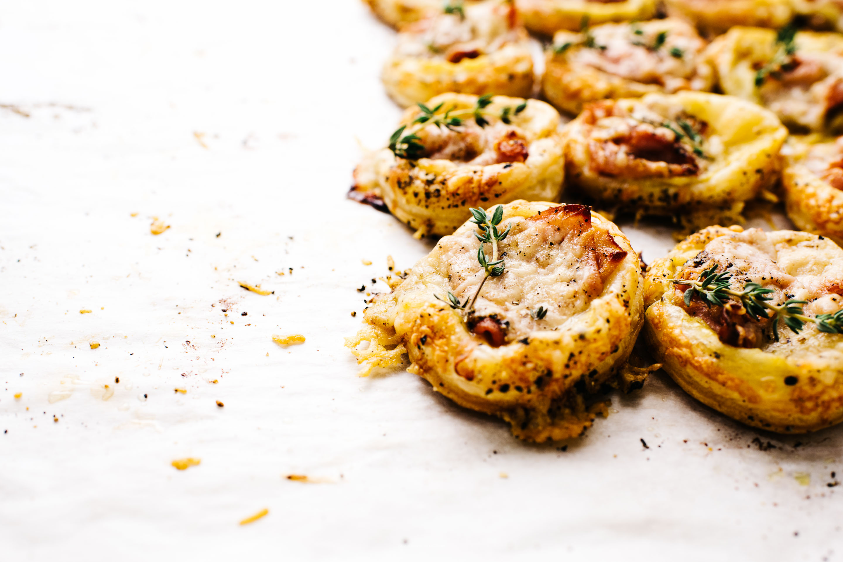 mini ham and cheese croque monsieur puff pastry tarts recipe - www.iamafoodblog.com