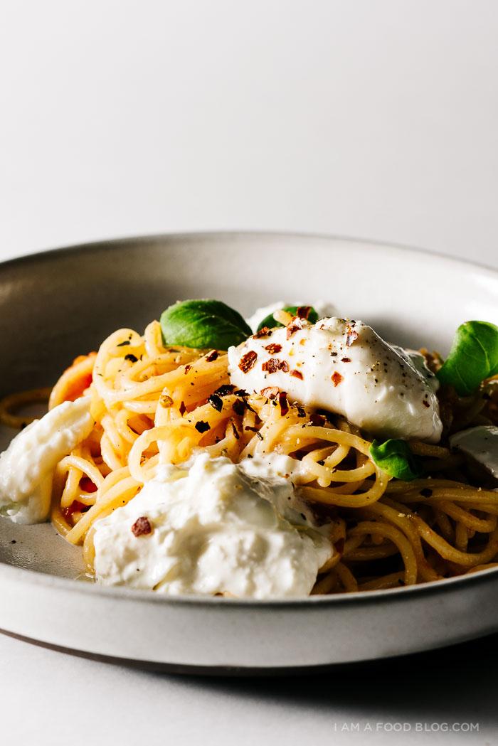 one pot tomato basil burrata pasta recipe - www.iamafoodblog.com