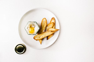 mashed potatoes, soft coddled egg and toast recipe - www.iamafoodblog.com