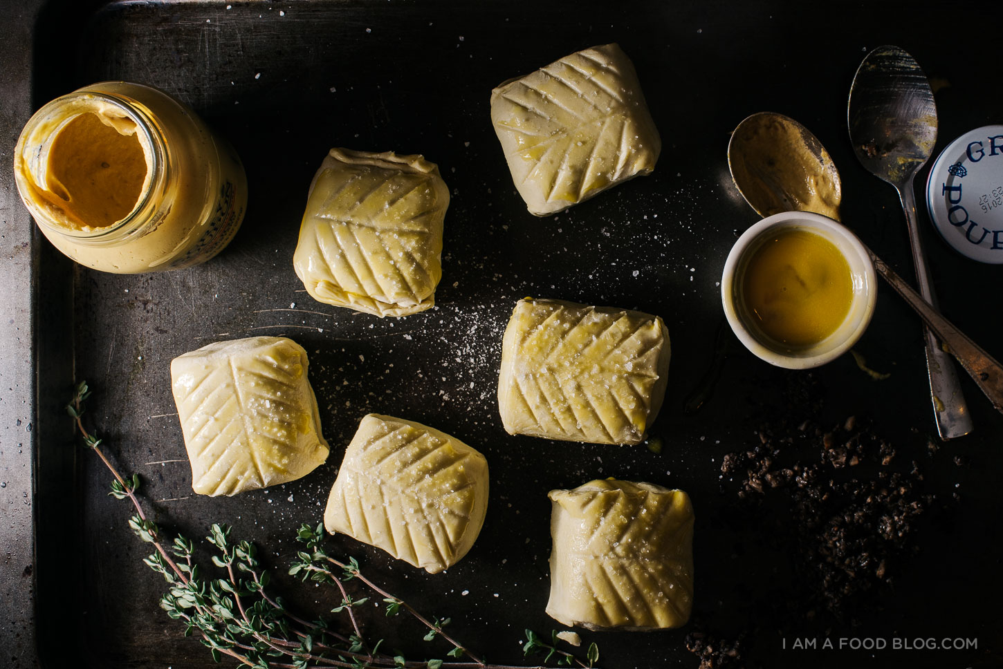 mini beef wellington recipe - www.iamafoodblog.com