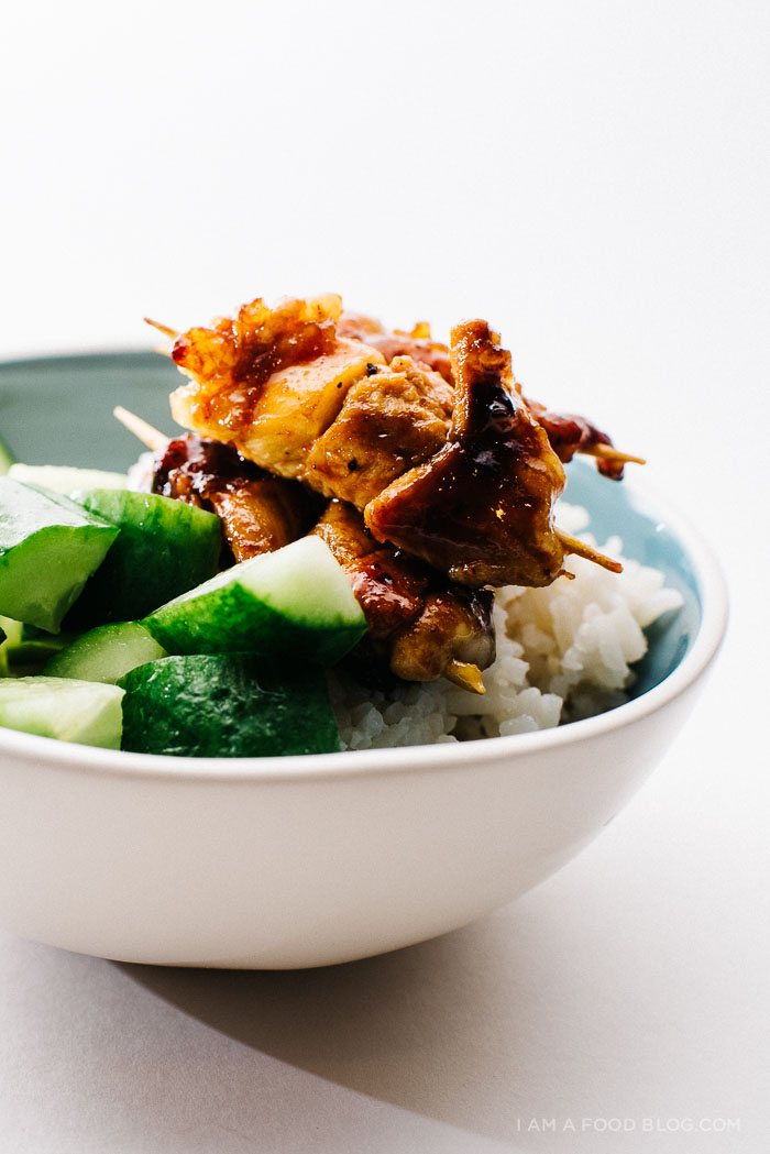 mini sriracha honey chicken skewer recipe - www.iamafoodblog.com