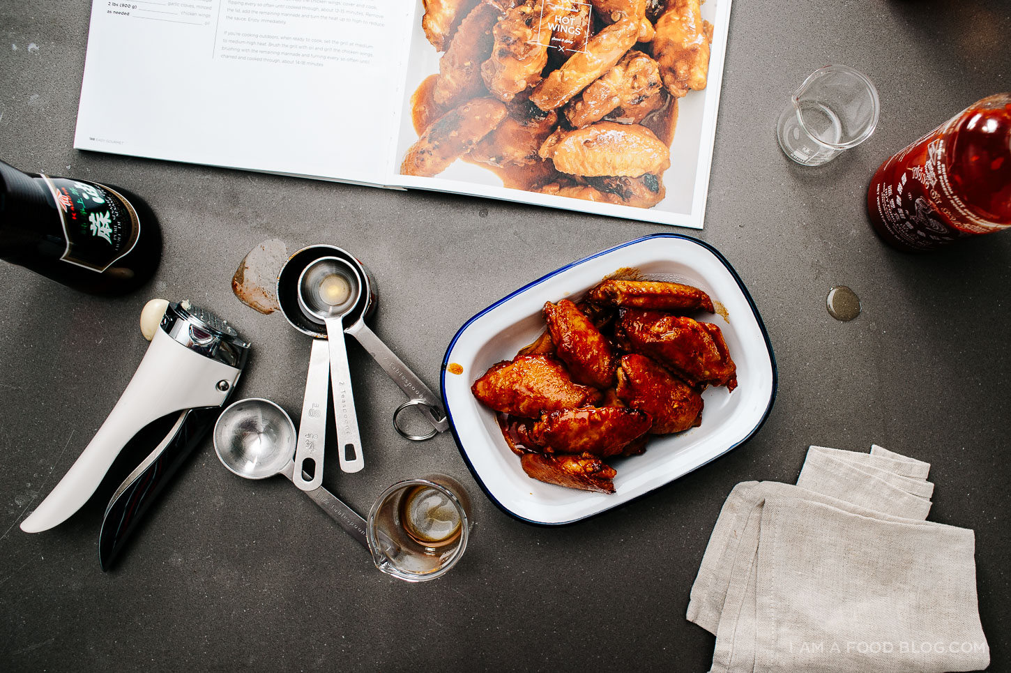 hot wings recipe - www.iamafoodblog.com