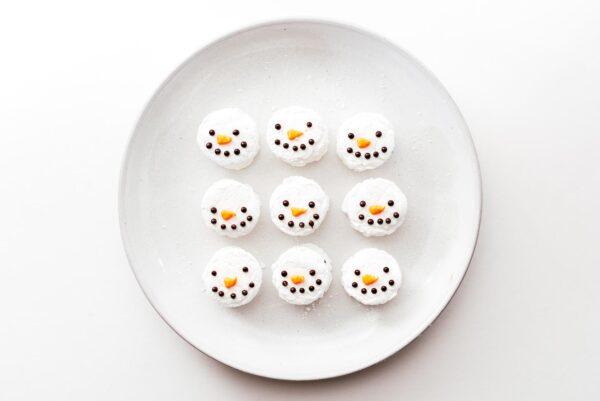 snowman marshmallows   www.iamafoodblog.com