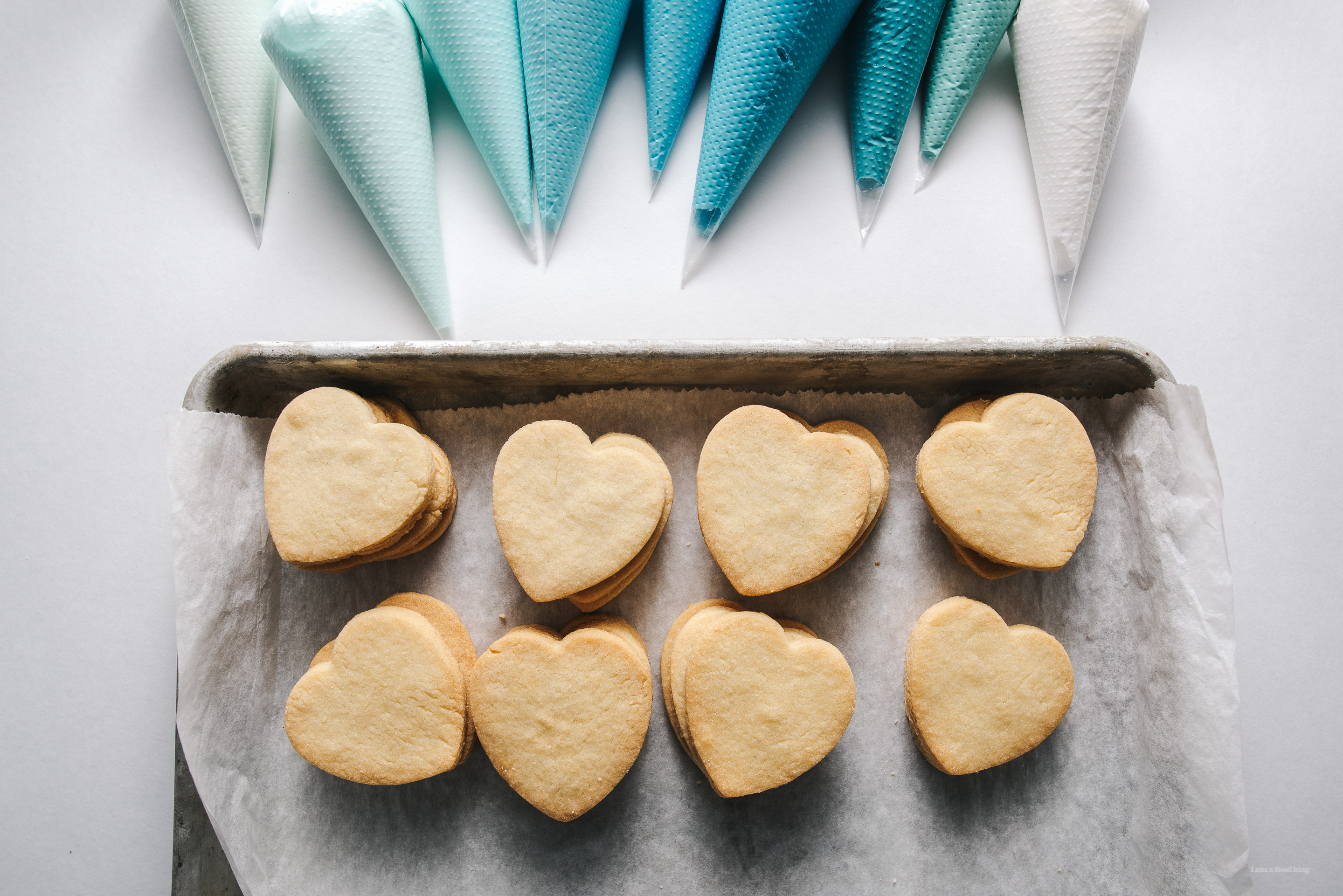conversation heart cookie how to - www.iamafoodblog.com