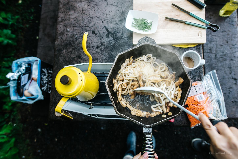 camp yakiudon - iamafoodblog.com
