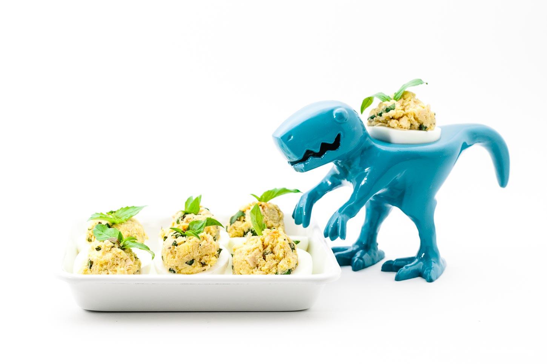 spicy tuna deviled eggs recipe - www.iamafoodblog.com