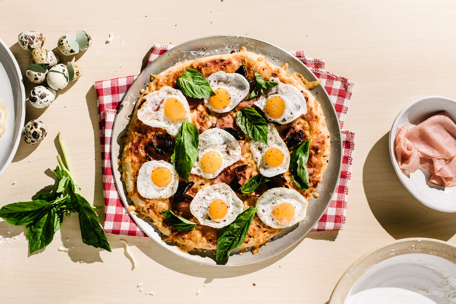 Breakfast Pizza with Ham and Egg Recipe - www.iamafoodblog.com