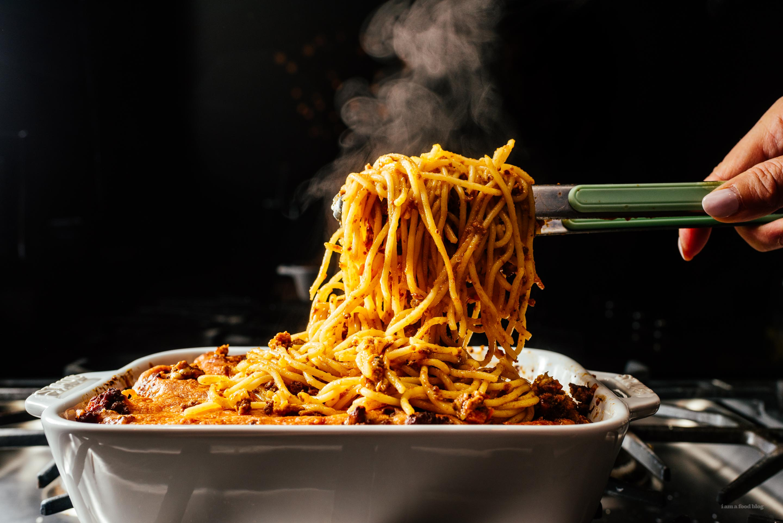 Cheesy Baked Spaghetti Recipe - www.iamafoodblog.com