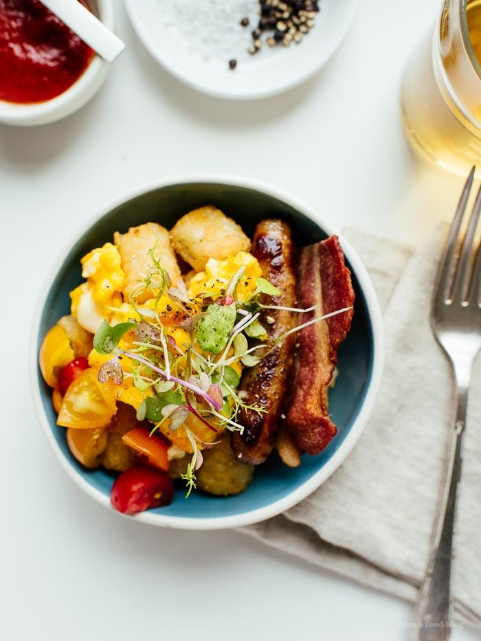 Tater Tot Breakfast Bowl - www.iamafoodblog.com