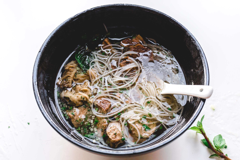 Authentic Instant Pot Pho Recipe · i am a food blog