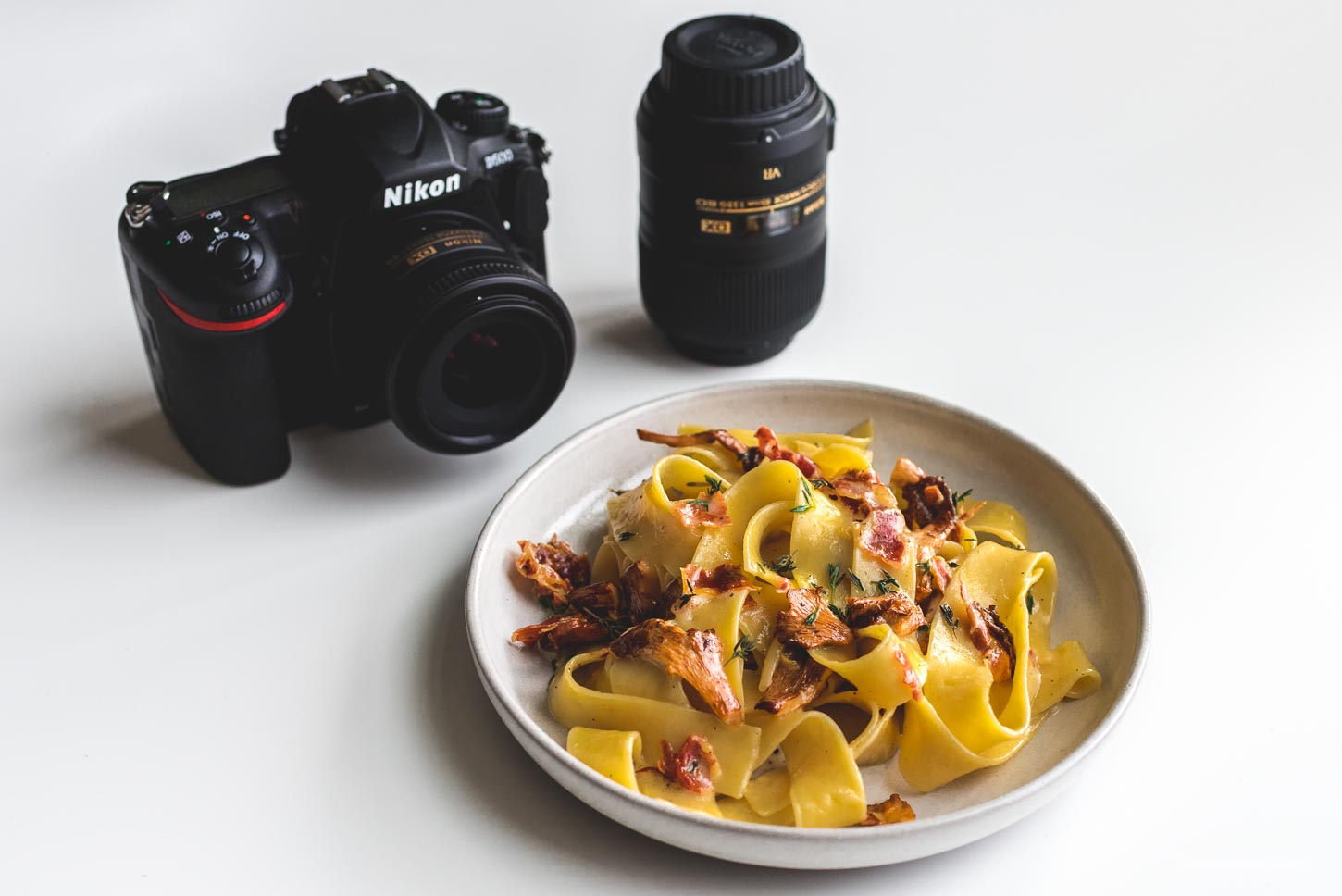 beginner's guide to food photography | www.iamafoodblog.com