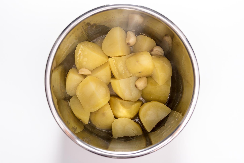 Instant Pot Mashed Potatoes Recipe | www.iamafoodblog.com