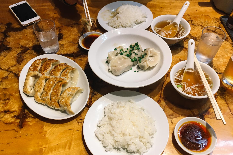 Best Tokyo Gyoza: Kanda Gyozaya | www.iamafoodblog.com