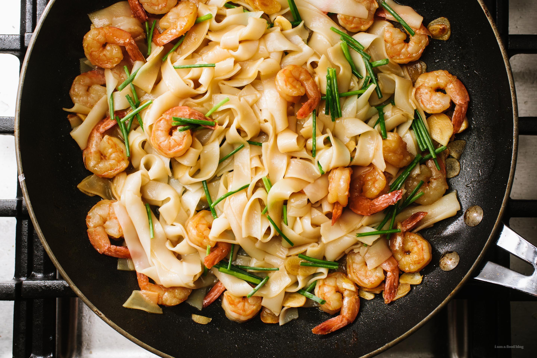 Garlic Shrimp Scampi Chow Fun Noodles Recipe