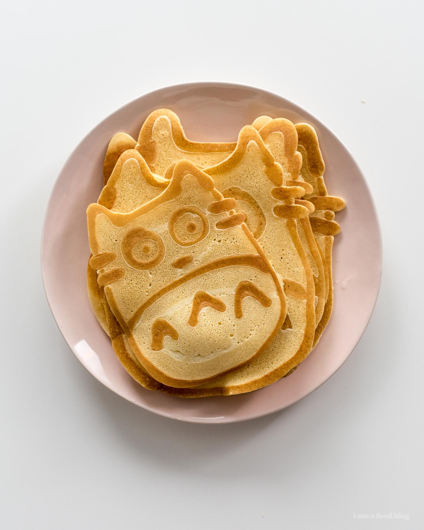 How to make totoro pancakes | www.iamafoodblog.com