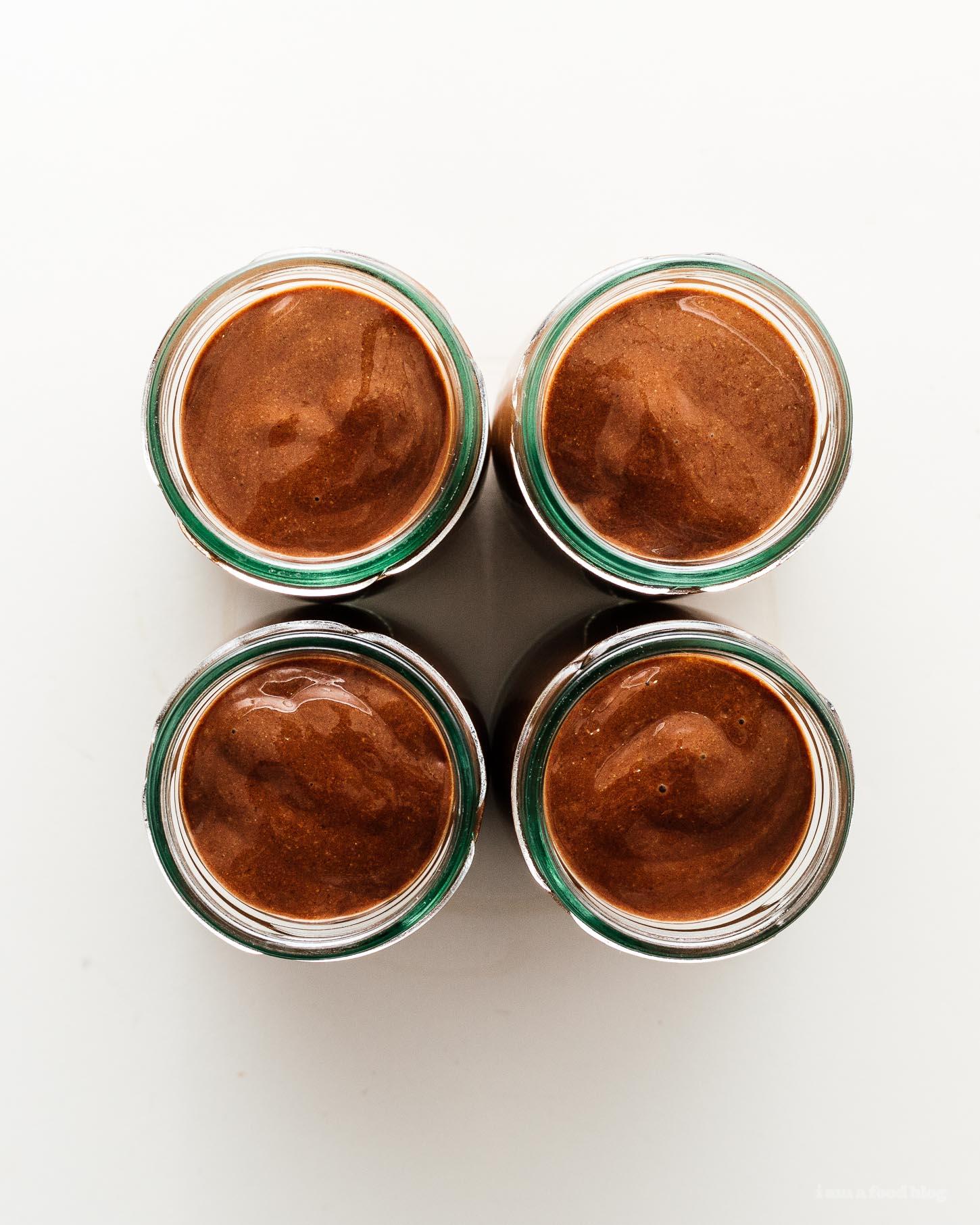 4 Ingredient Vegan Paleo Chocolate Chia Pudding   www.iamafoodblog.com