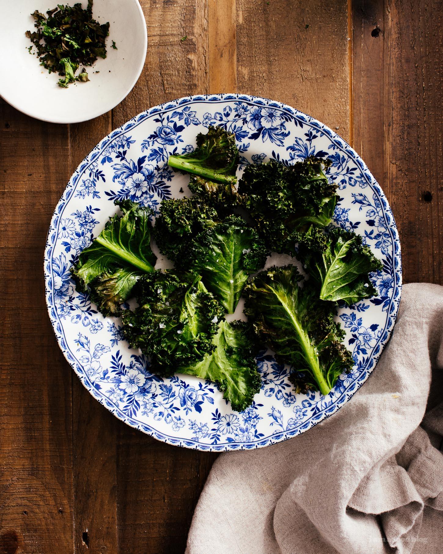 Crispy Air Fryer Kale Chips | www.iamafoodblog.com