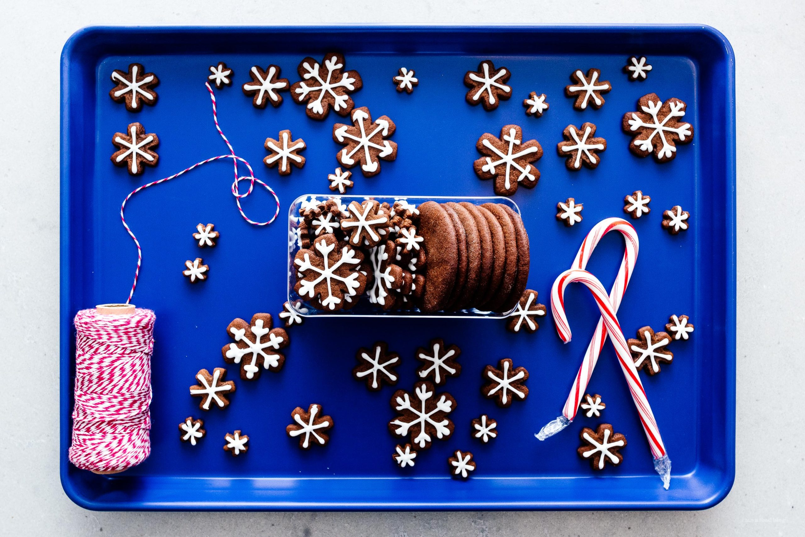 simple cut out gingerbread cookies #gingerbread #baking #cookies #recipe