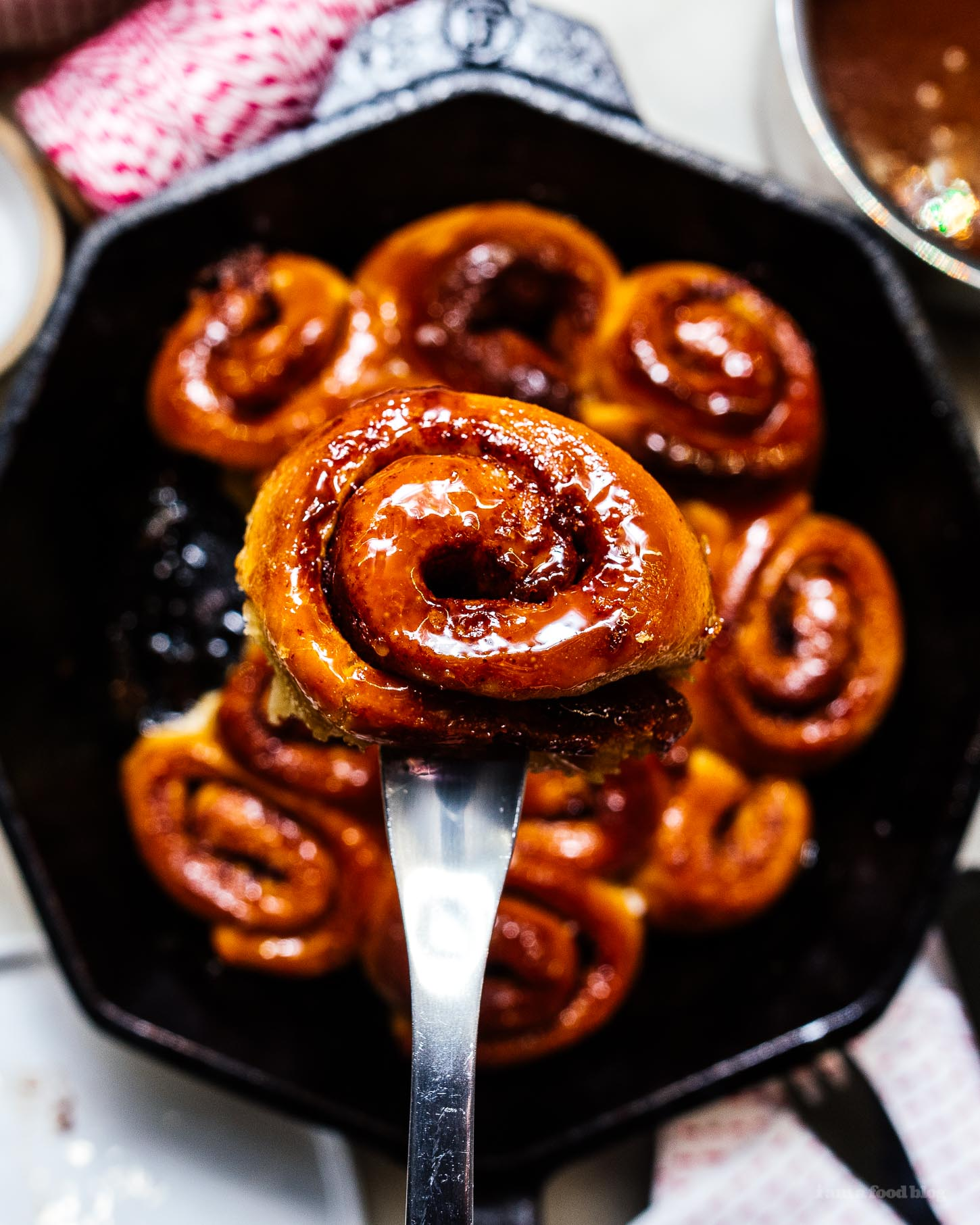 small batch mini sticky bun cinnamon roll monkey bread #smallbatch #recipe #baking #stickybun #morningbun #cinnamonrolls #cinnamonbuns #monkeybread #cinnamon