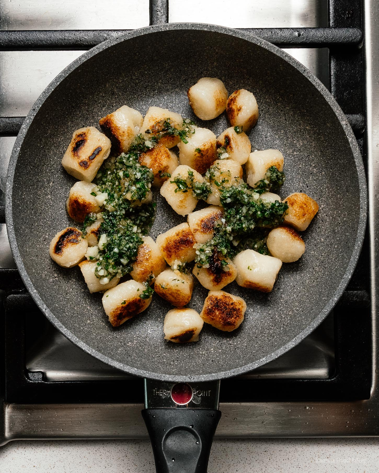 Pesto cauliflower gnocchi: low carb, healthy, and so so delicious #pesto #cauliflowergnocchi #traderjoesrecipes #recipes #tjs