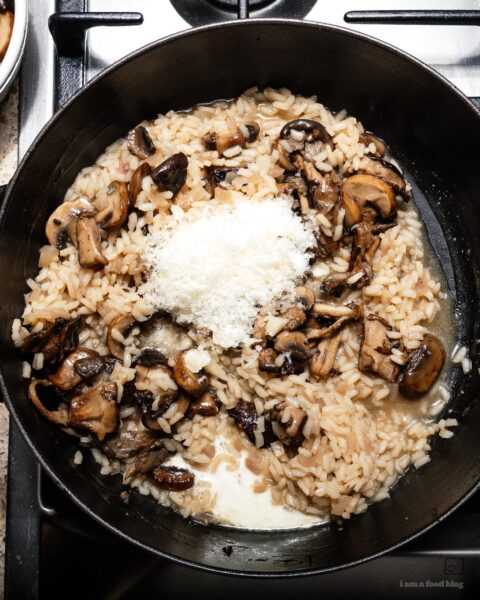 Creamy, umami packed garlicky brown butter mushroom risotto: nutty brown butter pan seared mushrooms throughout and on top. | www.iamafoodblog.com