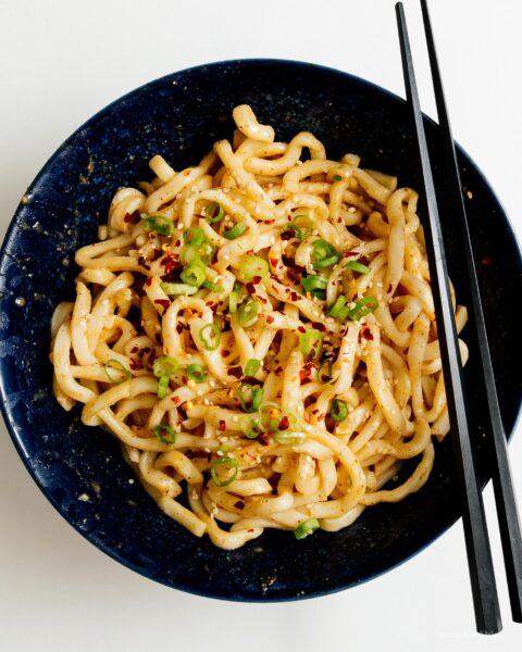 Super Simple Peanut Free Peanut Noodles | www.iamafoodblog.com