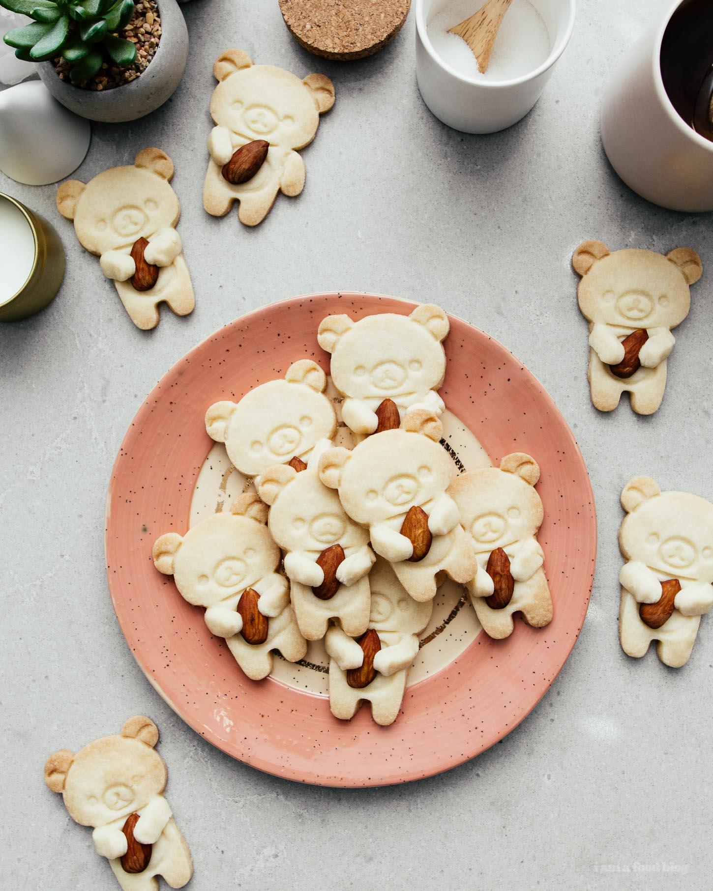 Rilakkuma Bear Hugging Almond Shortbread | www.iamafoodblog.com