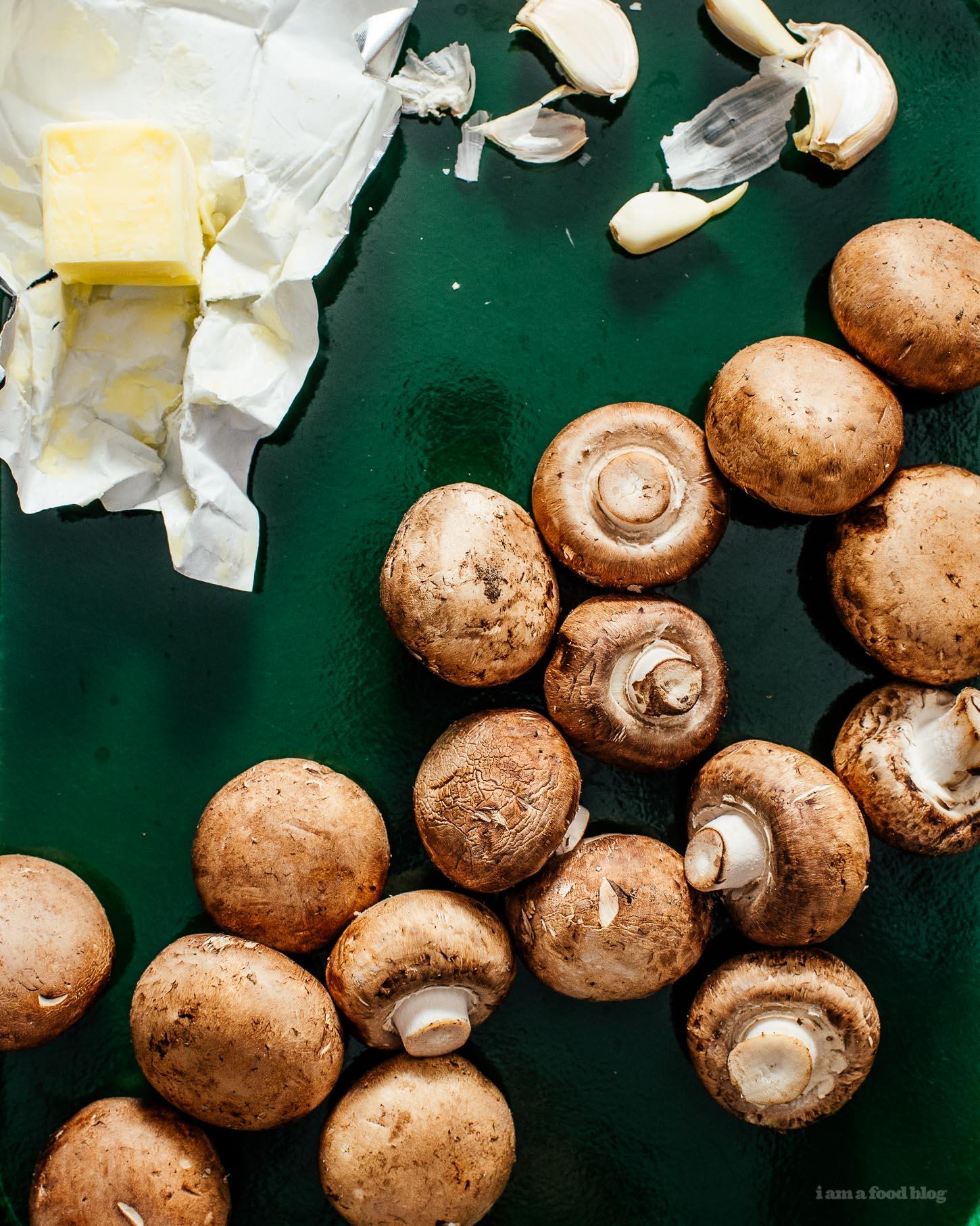 Perfectly Pan-Seared Garlicky Mushrooms | www.iamafoodblog.com