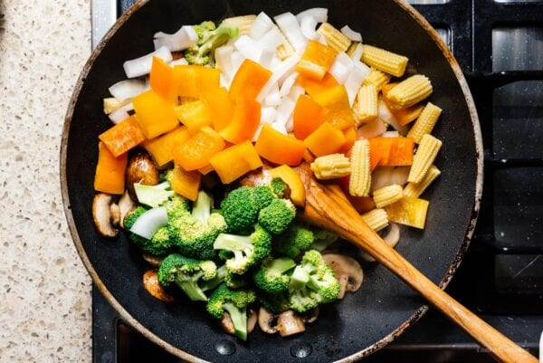 stir frying vegetables | www.iamafoodblog.com